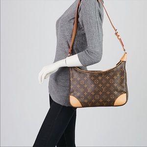 Louis Vuitton Bags - Authentic Louis Vuitton Boulogne Shoulder Bag